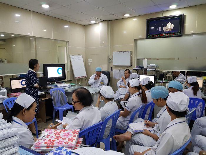 Giới thiệu sản phẩm Albunorm tại Bệnh viện Triều An