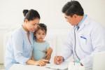 Bác sĩ chỉ cách giúp trẻ khỏe mạnh trong mùa nắng nóng